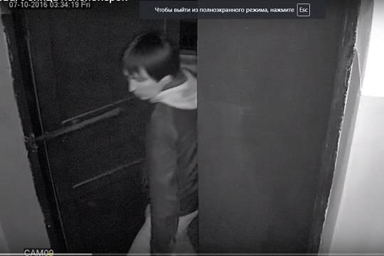 Появилось новое видео серийного убийцы, который душил престарелых женщин