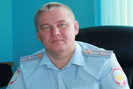 Рафис Гарифуллин глава  ГИБДД «Чистополя»: автобиография , видео угроз шоферу  «КАМАЗа»