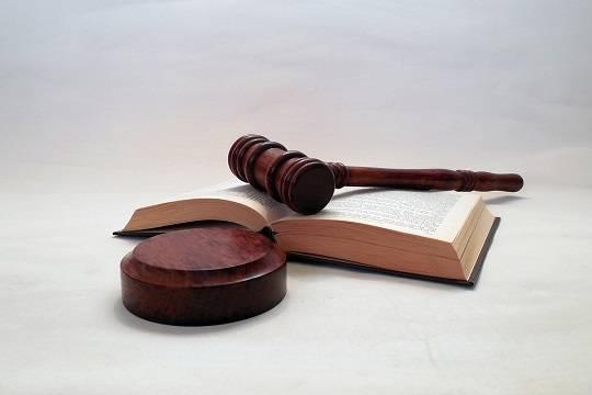 ВКазани замошенничество судят юриста