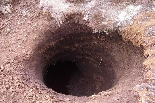 Семья из 3-х человек погибла ввыгребной яме вТатарстане